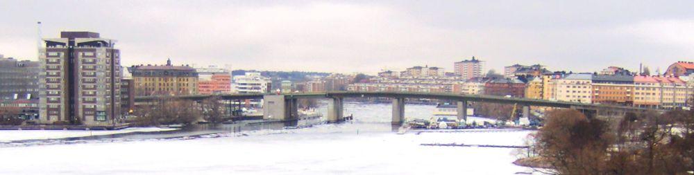 1000px-liljeholmsbron_stockholm.jpg